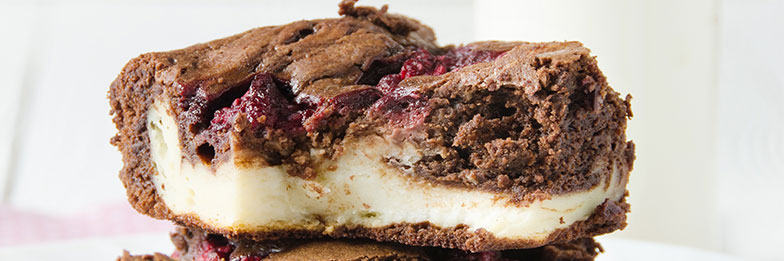 CHEESECAKE-BROWNIE