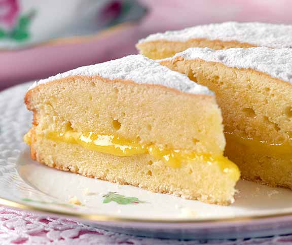 Lemon Victoria Sandwich Betty Bossi