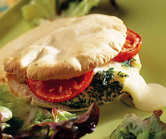 Warme Pitta-Brote mit Tomme