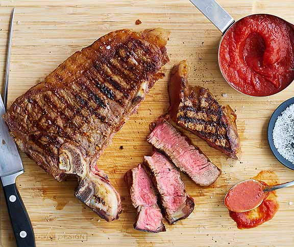 T-Bone-Steaks mit Home-Made Ketchup