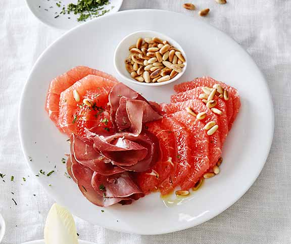 Grapefruits mit Bresaola