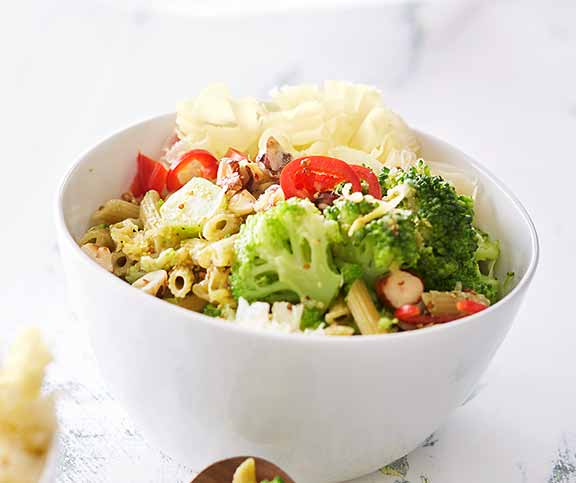 broccoli teigwaren salat betty bossi. Black Bedroom Furniture Sets. Home Design Ideas